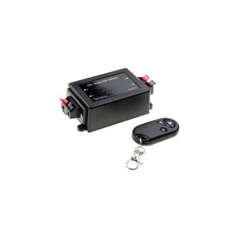 LED zatemnilnik in daljinski upravljalnik